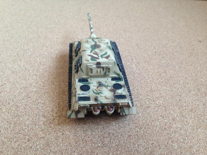 Jagdtiger EM36114