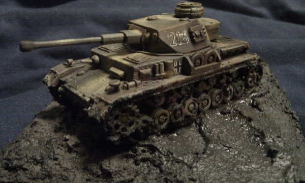 Muddy Panzer IV G by P Watson left side view